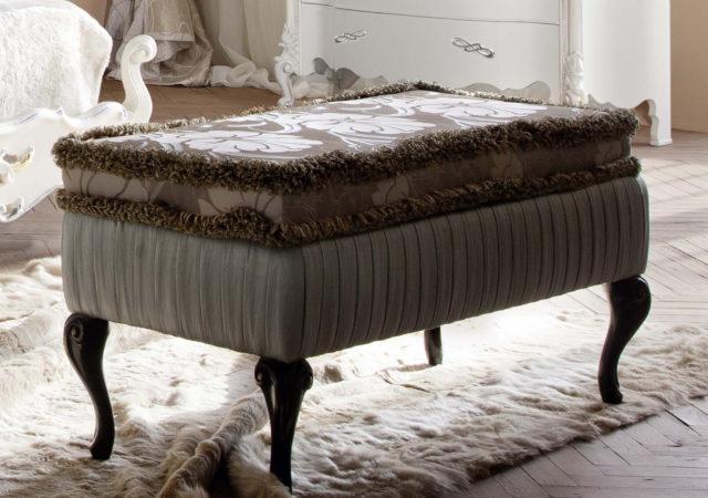 Пуфик в спальню: секреты выбора для разных стилей + фото в интерьере