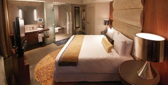 37-этажный отель в Котаи Hard Rock Hotel City of Dreams