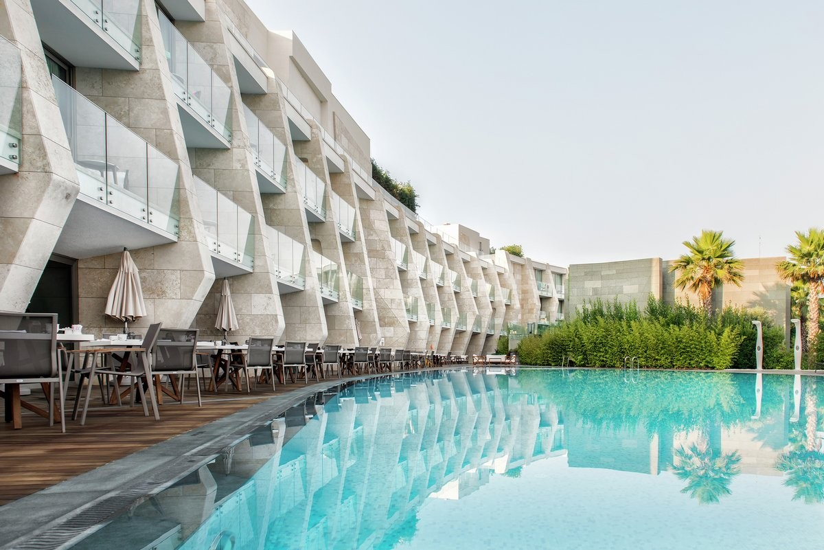 Отель Swissotel Resort Bodrum Beach на прибрежной части полуострова в Турции