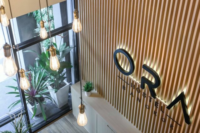 6-ти этажный хостел в Бангкоке Ora Hostel