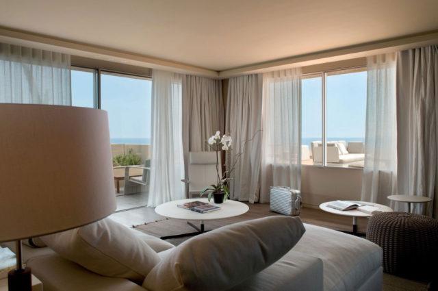 Отель La Reserve от 500 евро в сутки