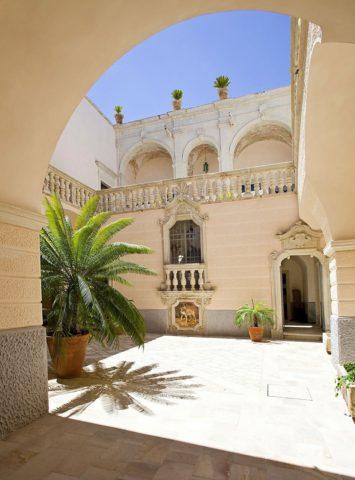 Шикарный отель Palazzo Gorgoni в итальянской коммуне
