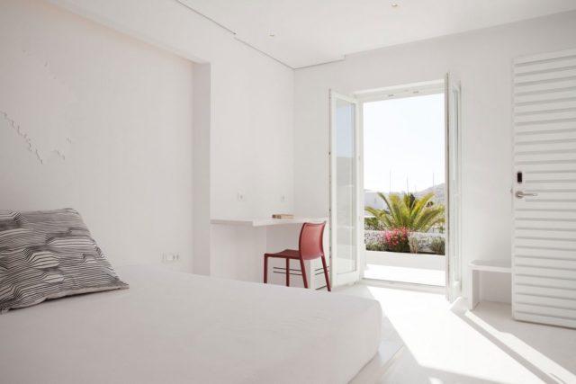 Отель Relux Ios Hotel на острове Иос в 4 звезды