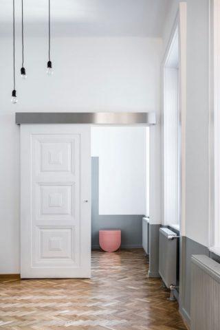 Strict Elegance - монохромный стиль на 51 квадратном метре