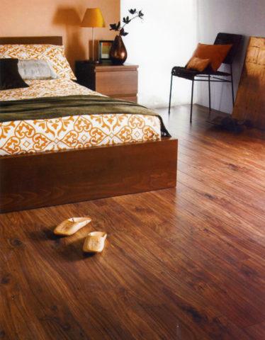 Какой линолеум выбрать для спальни: правила выбора + фото в интерьере