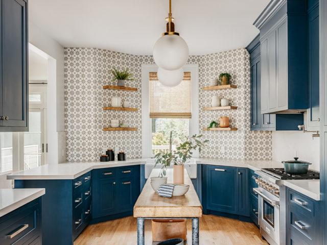 Креативный интерьер кухни в стиле эклектика: грамотное оформление + фото-идеи