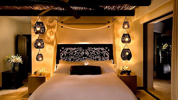 Дизайн спальни в восточном стиле: волшебный и сказочный интерьер для смелых