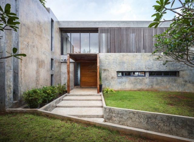 Chantaburi House – вилла с минимумом декора