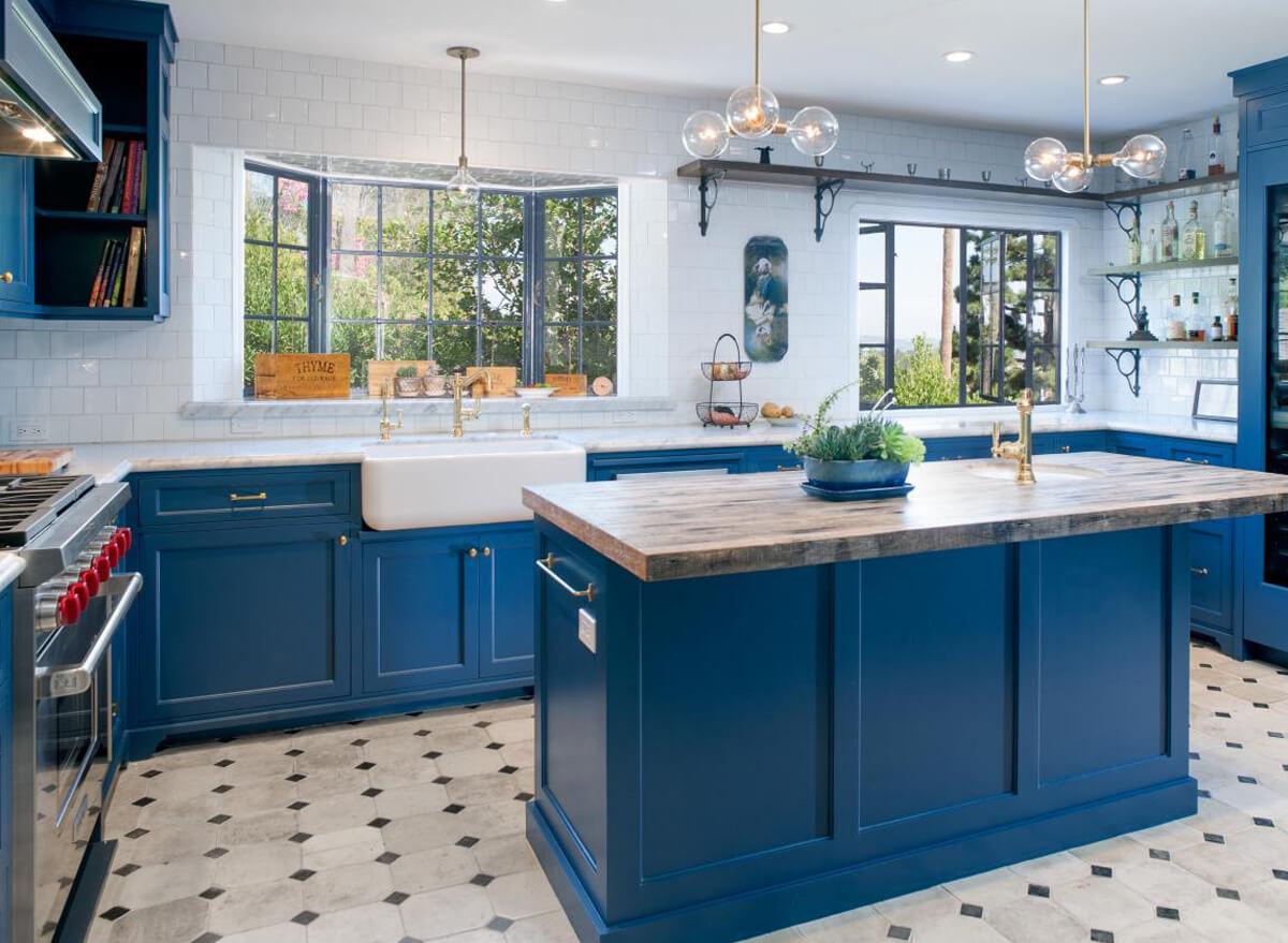 Кухня в морском стиле: дизайн интерьера, фото