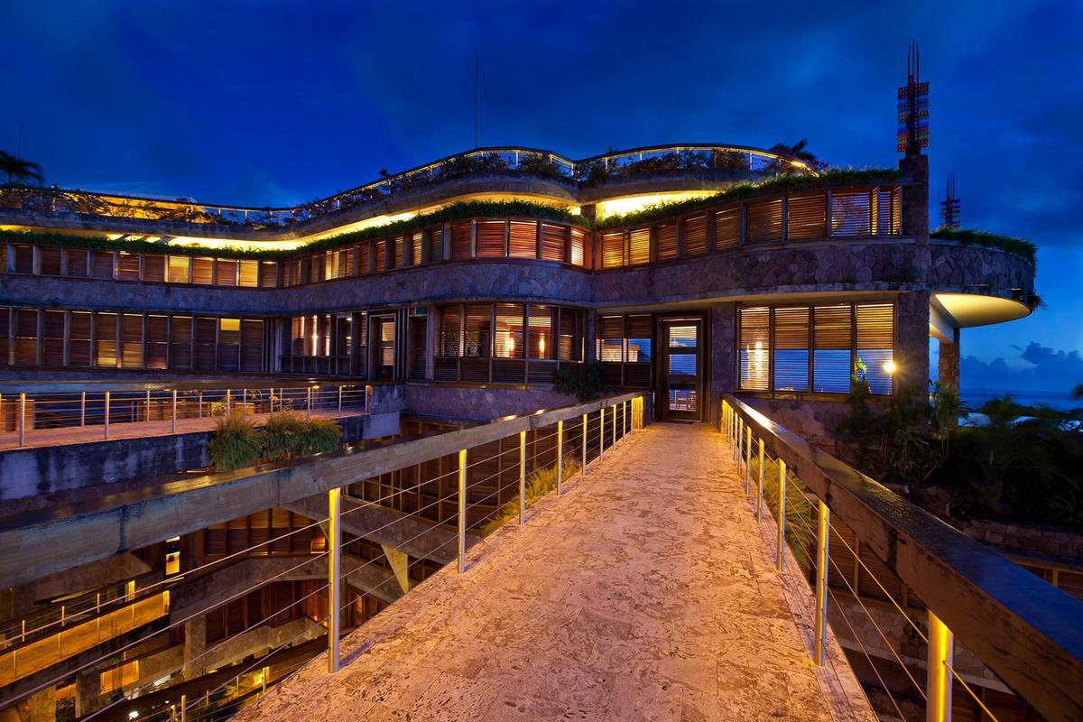 Карибский отель Jade Mountain