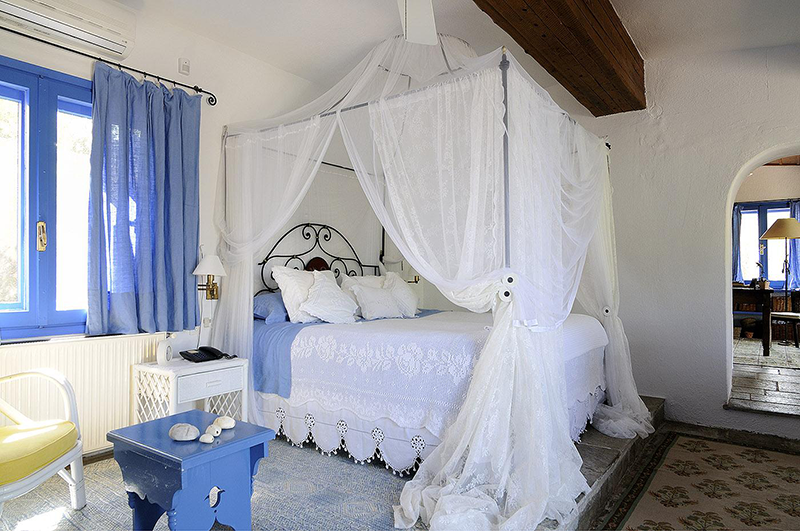 Спальня в средиземноморском стиле: особенности дизайна, фото интерьеров