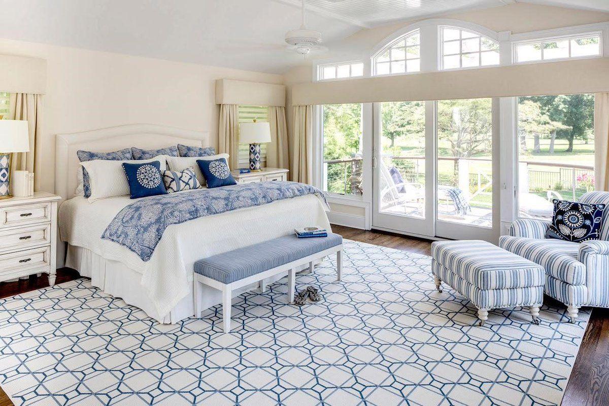 Кресло в спальню: виды, как выбрать, особенности дизайна, фото