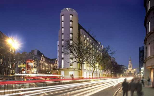 Отель будущего ME London Hotel в Лондоне