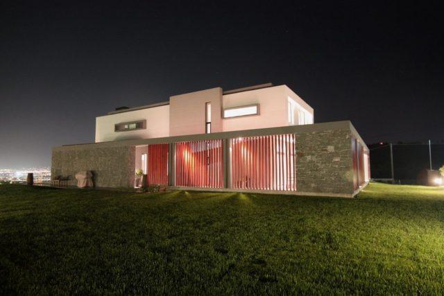 Греческая резиденция от Office 25 Architects