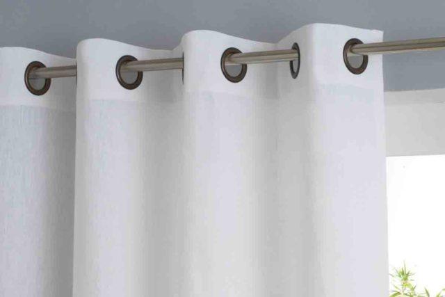 Шторы на люверсах для кухни: простой и красивый способ оформить окно