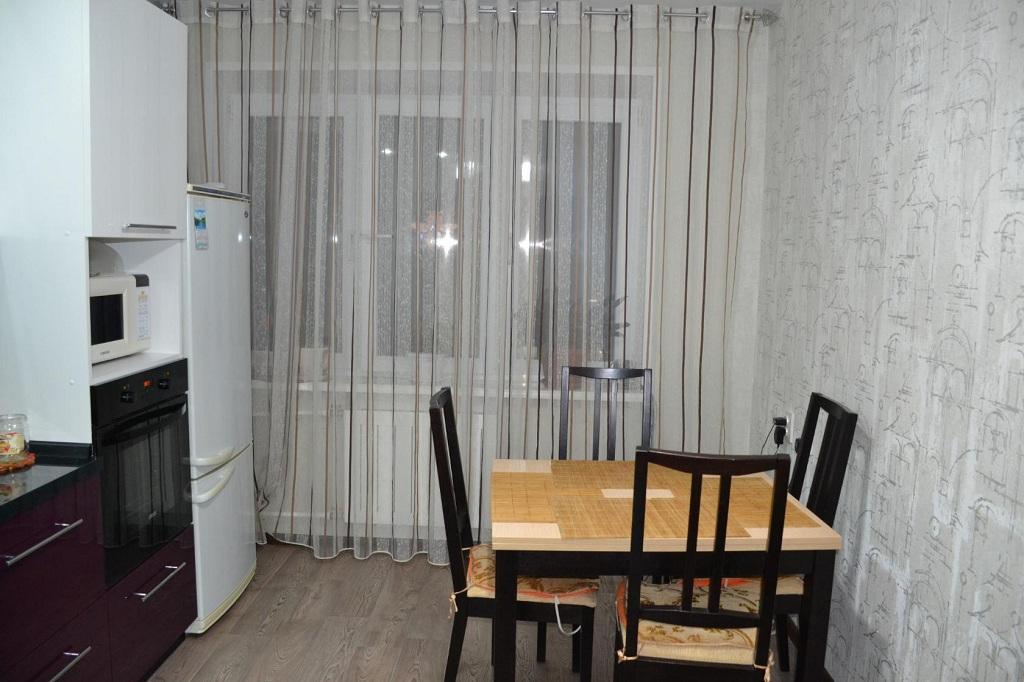 оттенки придают тюль и шторы длинные для кухни фото только личной жизни