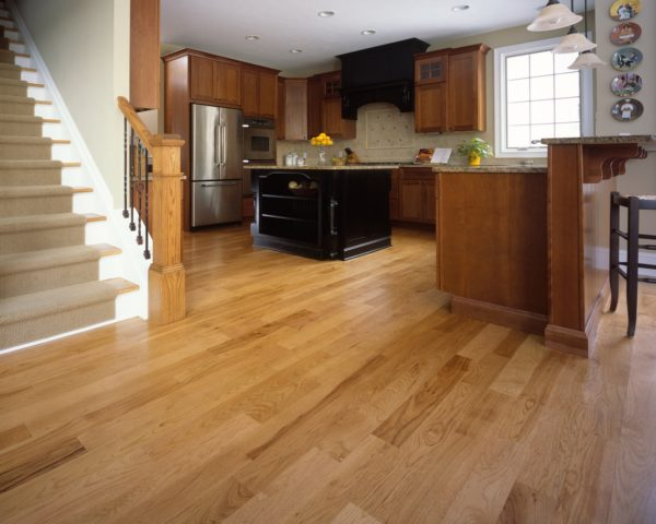 Ламинат или плитка на кухне: что лучше выбрать, советы специалистов